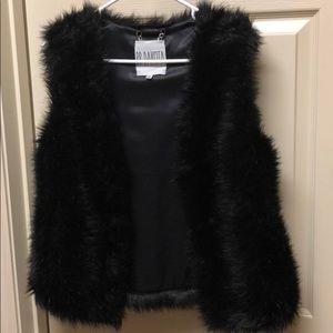 BB DAKOTA Small Fur Vest